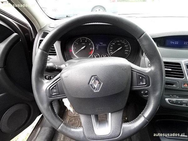 Renault Laguna EXPRESSION 2.0 año 2009