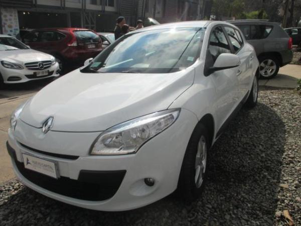 Renault Megane Iii Hb Dynamique 2.0 año 2013