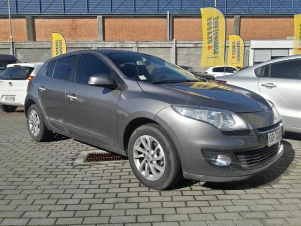 Renault Megane MEGANE III HB DYNAMIQUE 2 año 2014