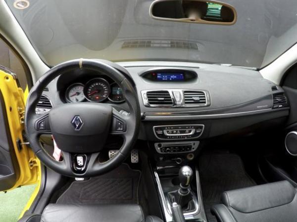 Renault Megane RS TROPHY año 2015