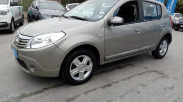 Renault Sandero SANDERO DYNAMIQUE MT año 2012