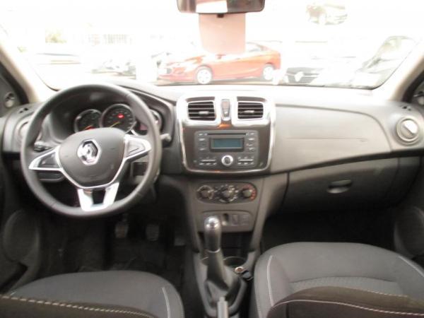 Renault Symbol ZEN año 2020