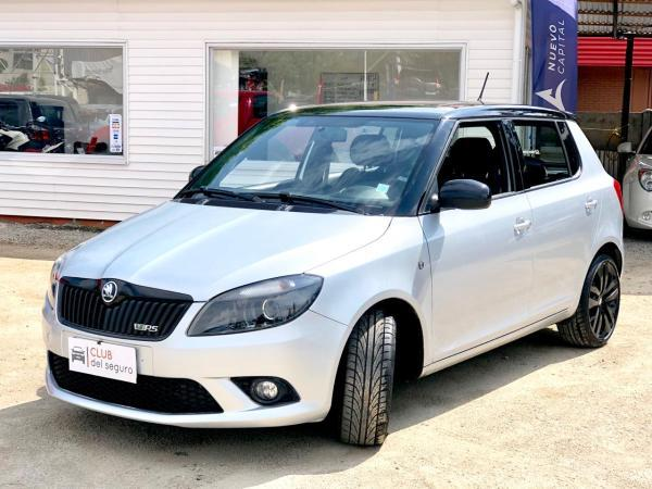 Skoda Fabia 1.4 AT TSI RS año 2015