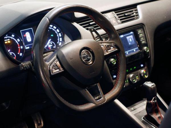 Skoda Octavia VRS año 2016