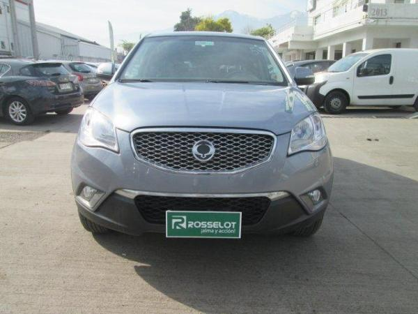Ssangyong Korando GAS 4X2 AT-KC1111 año 2014