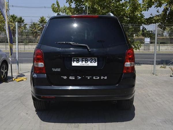 Ssangyong Rexton Rexton Ii Xdi 2.7 año 2012