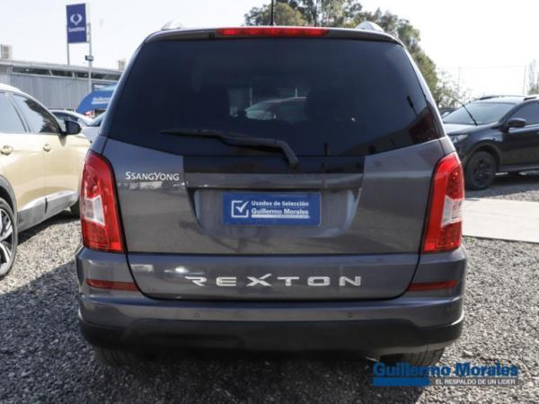 Ssangyong Rexton W 4X4 AT 2.2 año 2017