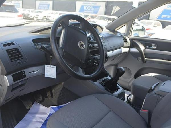Ssangyong Stavic Stavic 2.7 año 2013