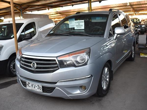 Ssangyong Stavic . año 2015