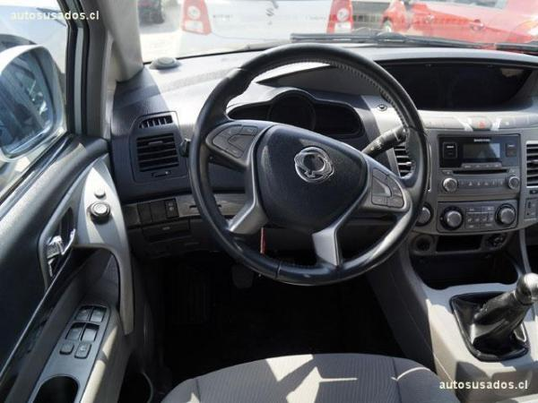 Ssangyong Stavic MT 4X2 año 2016
