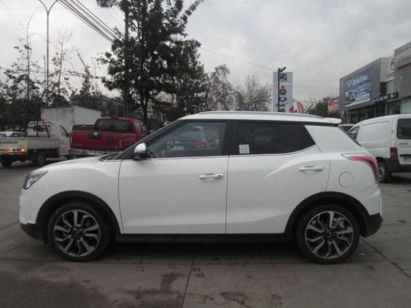 Ssangyong Tivoli GAS 4X2 1.6 AT TV1111 año 2016