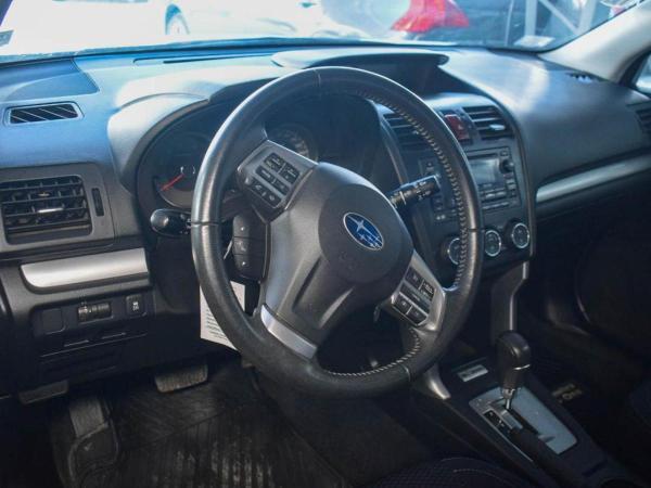 Subaru Forester 2.0 MT año 2014