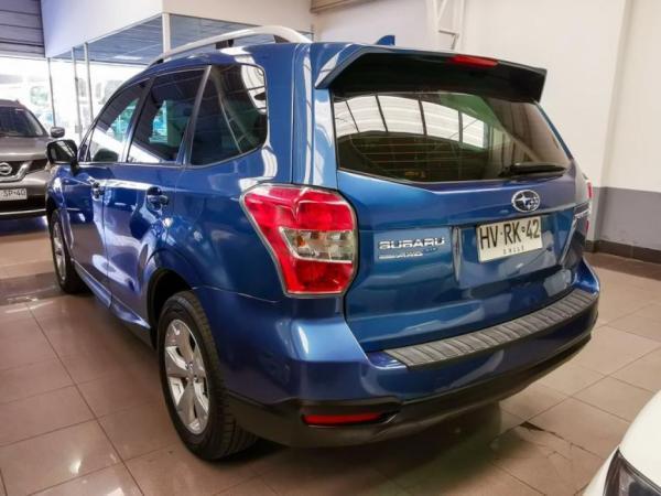Subaru Forester 2.0 CVT XS año 2016