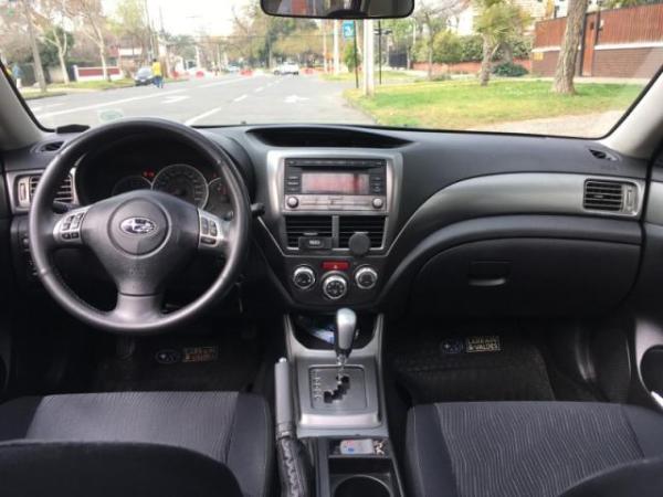 Subaru Impreza 2.0R AWD AT año 2011