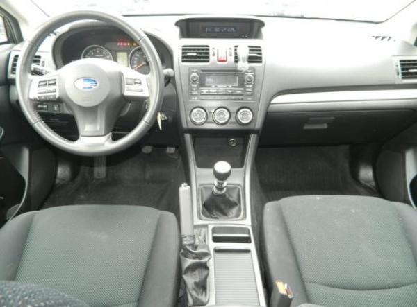Subaru Impreza XS año 2015
