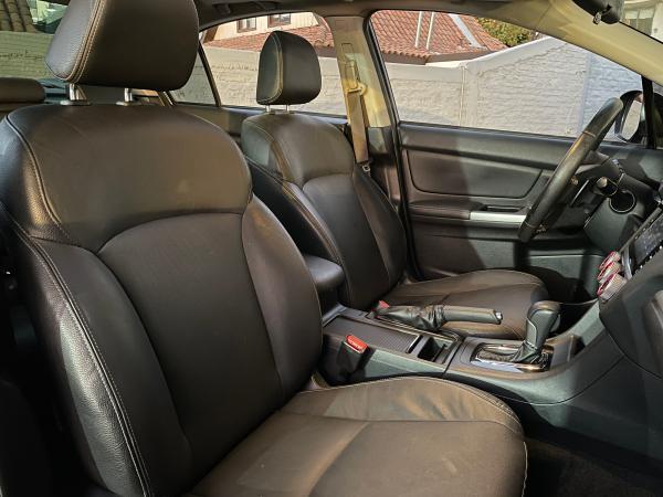 Subaru Impreza LIMITED AWD CVT año 2016