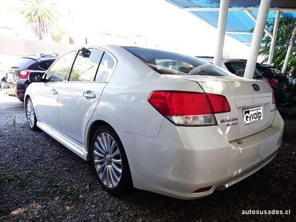 Subaru Legacy 2.5 limited año 2010