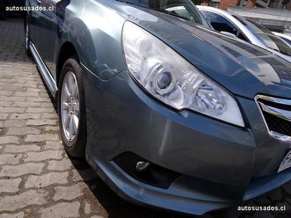 Subaru Legacy 2.0 R AWD CVT año 2013