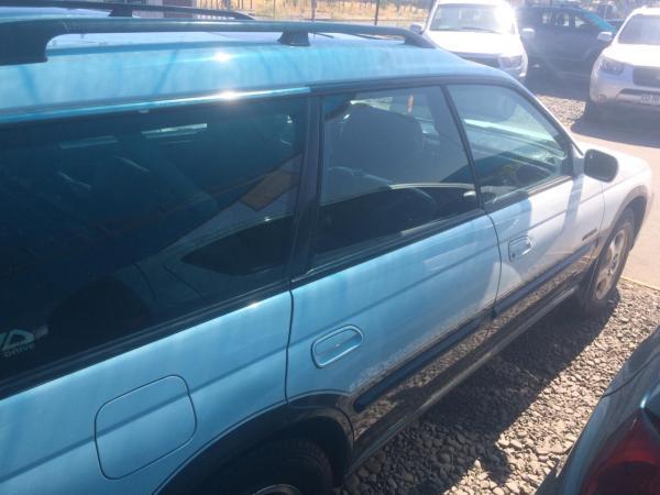 Subaru Outback station año 1999
