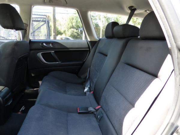 Subaru Outback 2.5 AT año 2006