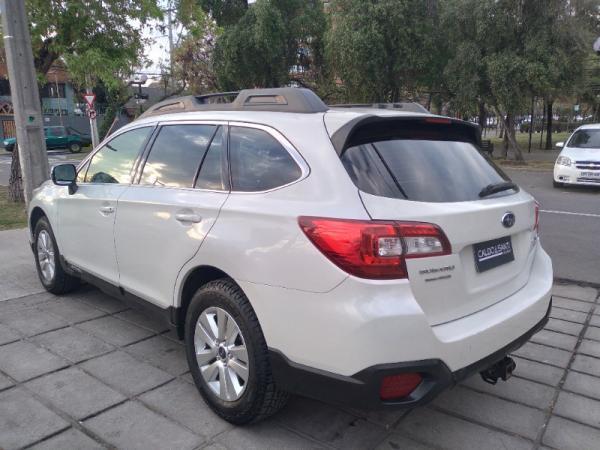 Subaru Outback ALL NEW DYNAMIC CVT 2.5 A año 2016