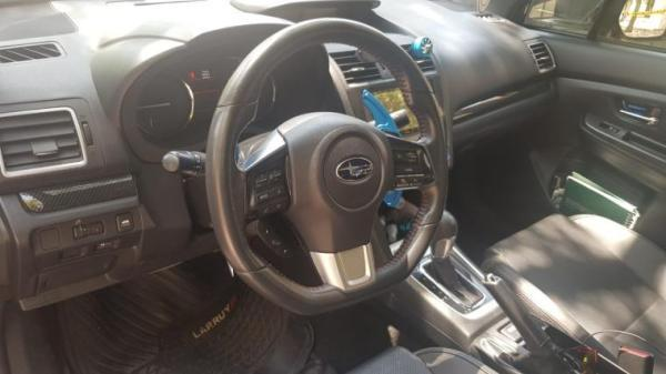 Subaru WRX CVT año 2014