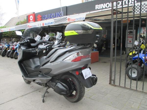 Suzuki AN 400  año 2014