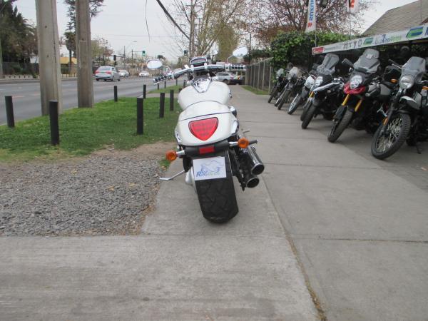 Suzuki Boulevard 1800 M109R año 2007