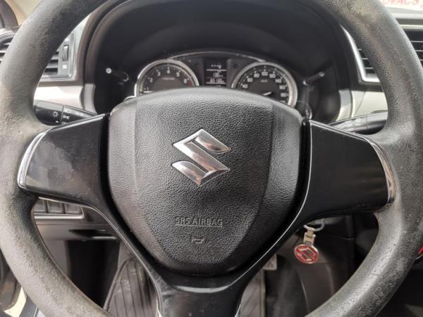 Suzuki Ciaz GL 1.4CC MT A/C año 2017