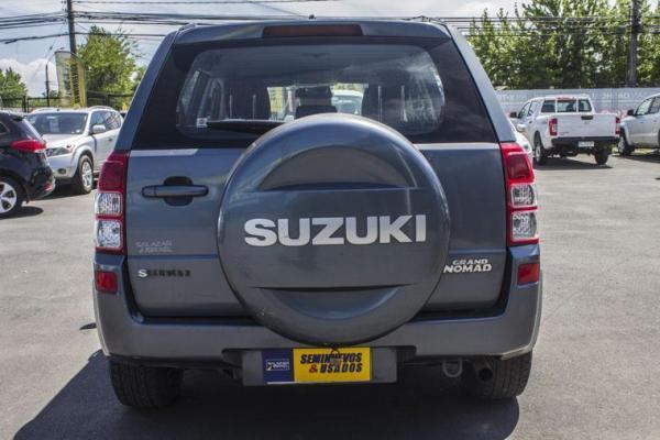 Suzuki Grand Nomade GRAND NOMADE GLX 2.0 año 2008