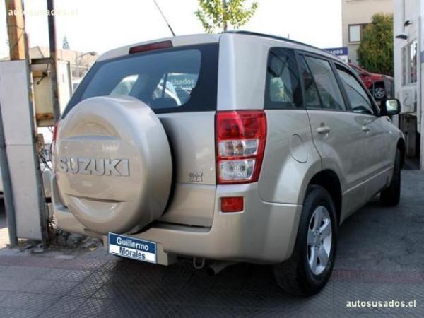 Suzuki Grand Nomade GLX SPORT 4X4 2.0 año 2009