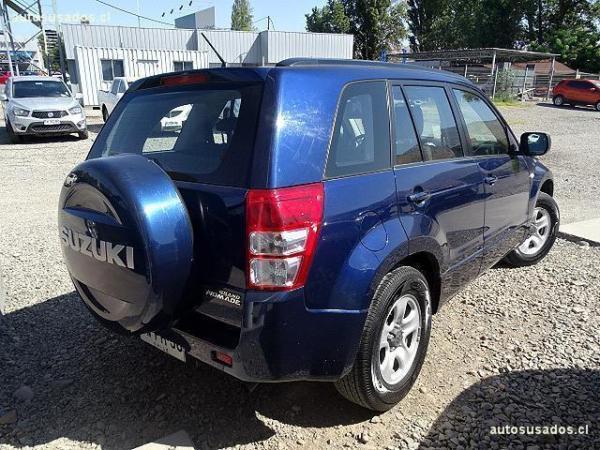 Suzuki Grand Nomade  año 2011
