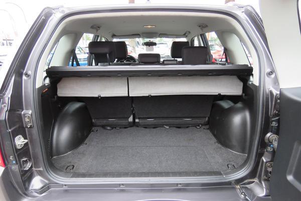 Suzuki Grand Nomade GLX año 2012