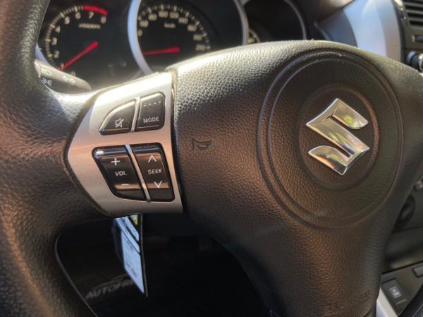 Suzuki Grand Nomade AT NAV año 2014