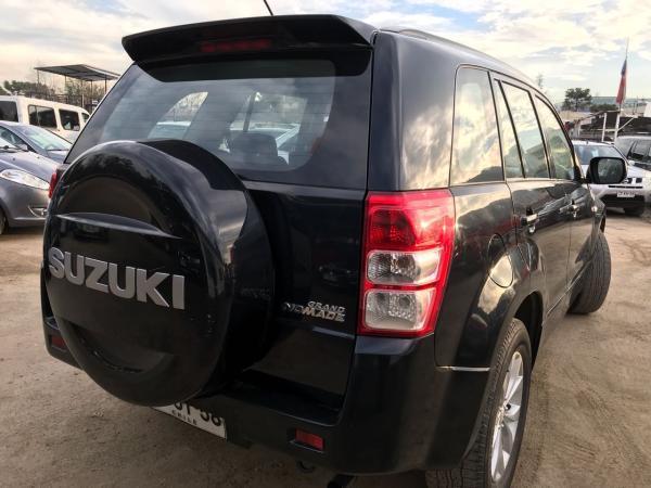 Suzuki Grand Nomade 2.0 GLX 4X2 año 2014