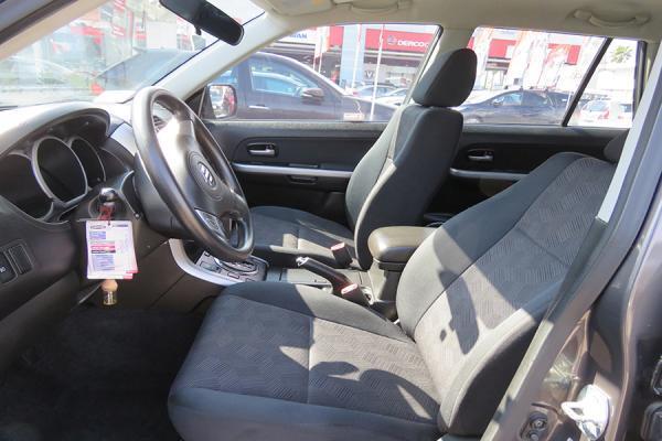 Suzuki Grand Nomade GLX año 2015