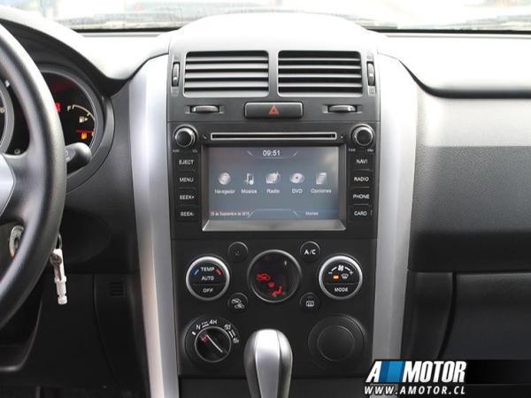 Suzuki Grand Nomade Grand Nomade Glx 2.4 año 2015