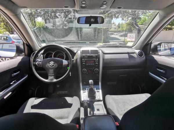 Suzuki Grand Nomade GLX SPORT 2.4 año 2016