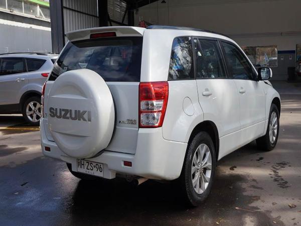 Suzuki Grand Nomade GLX año 2016