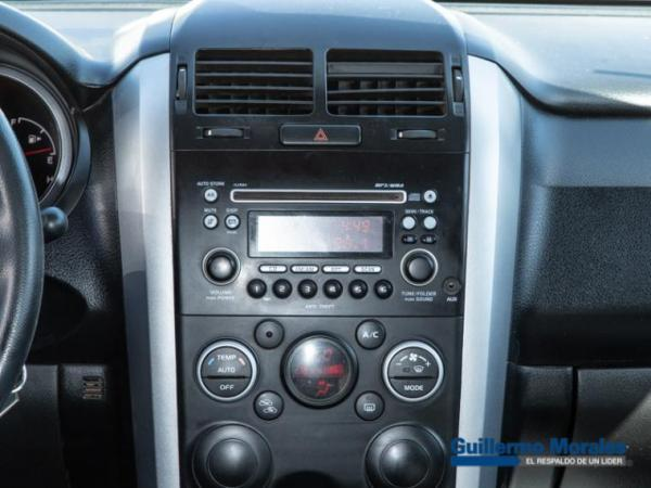 Suzuki Grand Nomade GLX SPORT 2.4 año 2017