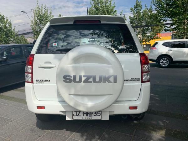 Suzuki Grand Nomade GLX SPORT 2.4 año 2018