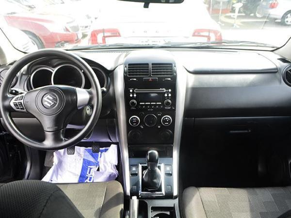 Suzuki Grand Vitara GRAND VITARA GLX 4X4 1.6 año 2011