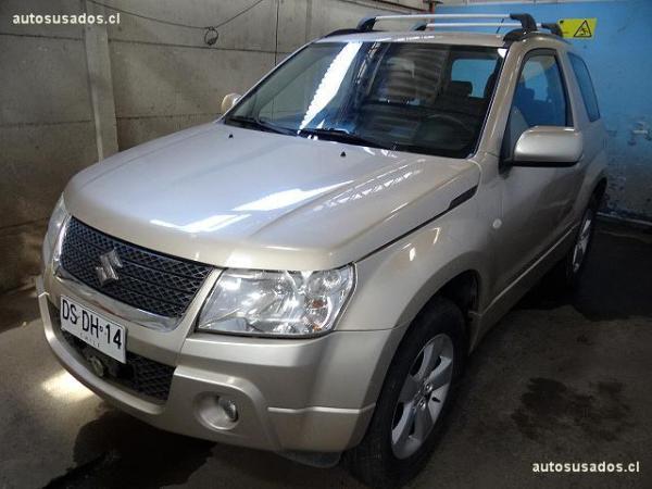 Suzuki Grand Vitara 2.4 AWD año 2012