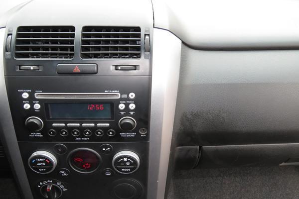 Suzuki Grand Vitara GLX año 2013