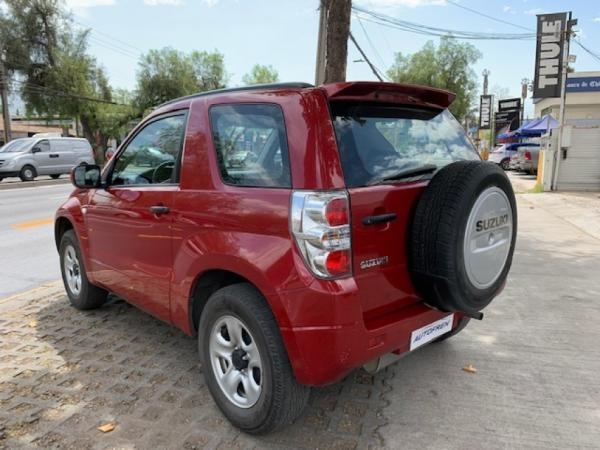 Suzuki Grand Vitara GLX año 2014