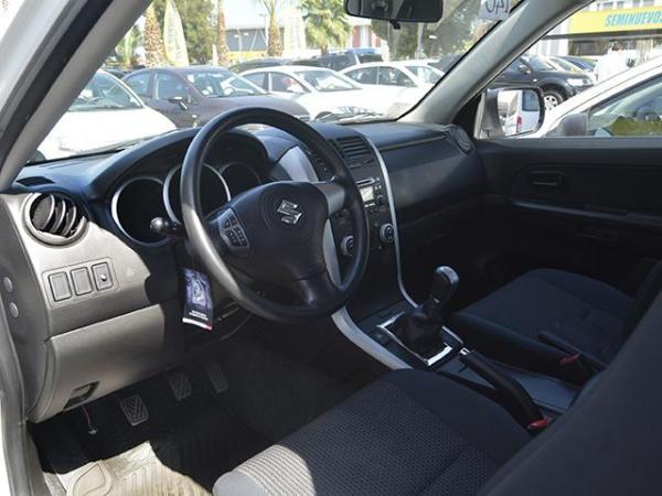 Suzuki Grand Vitara Grand Vitara Glx 4x4 1.6 año 2015