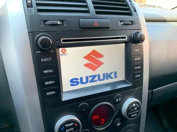 Suzuki Grand Vitara 2.4 GLX SPORT WINCHE año 2016