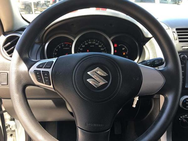 Suzuki Grand Vitara GLX 2.4 AT año 2016