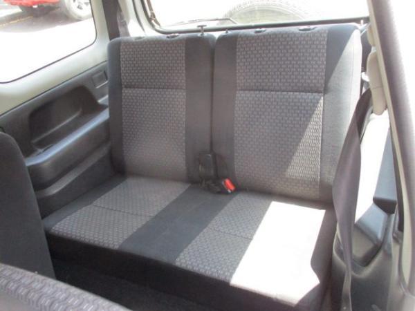 Suzuki JIMNY JLX 1.3 4X4 año 2012
