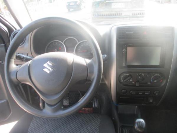 Suzuki JIMNY Jlx Sport 4x4 1.3 año 2015